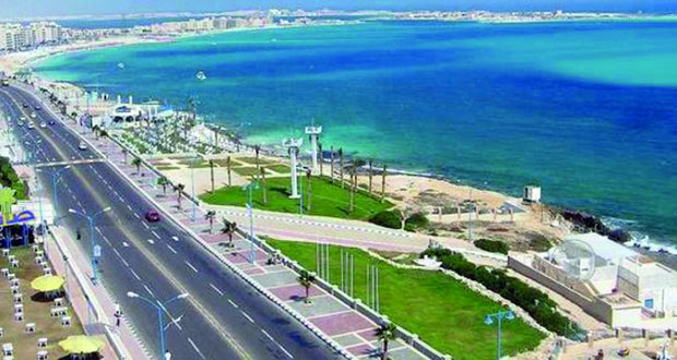 مرسى مطروح المصرية مقصد سياحي للمصريين والعرب في الصيف