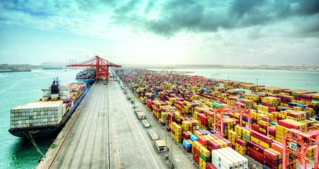 ميناء صلالة يحقق انجاز جديد في مناولة البضائع
