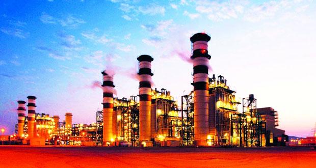 النفط العماني يرتفع 24 سنتًا والأسعار العالمية تهبط مع تبدد تفاؤل المنتجين