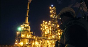 ارتفاع اسعار النفط مدفوعة بالتطورات في فنزويلا وليبيا