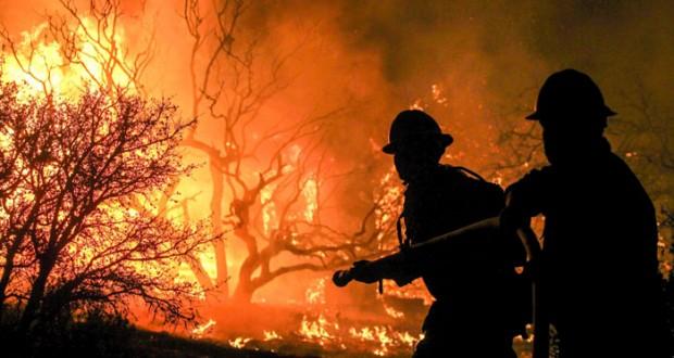 حريق كاليفورنيا يواصل تمدده المدمر
