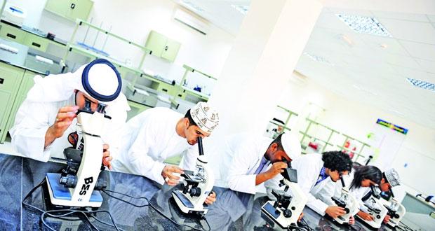 كليات العلوم التطبيقية تستقطب (6655) طالبا وطالبة .. العام الماضي