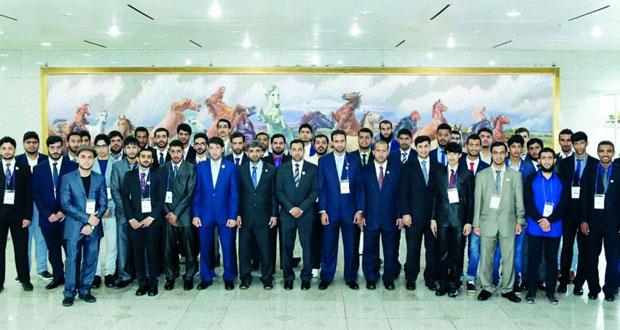 اختتام الرحلة الطلابية التاسعة عشرة للطلبة المجيدين في جامعة السلطان قابوس