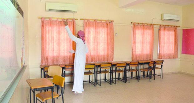 تعليمية البريمي تنتهي من صيانة المباني المدرسية وقرب استلام مدرستين جديدتين