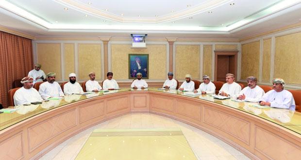 اجتماع مشترك للصحة والزراعة والبلديات لمناقشة تفشي الحمى المالطية بشمال الباطنة