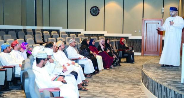 وزارة البيئة تستعرض خطتها الاستراتيجية للتوعية والإعلام البيئي