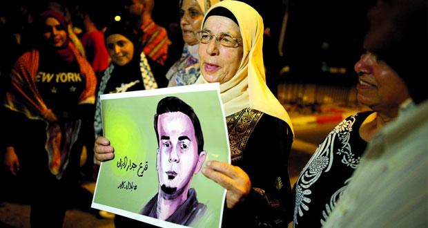 الحكومة الفلسطينية تؤكد أن إسرائيل تسعى إلى تصفية قضية الأسرى سياسيا