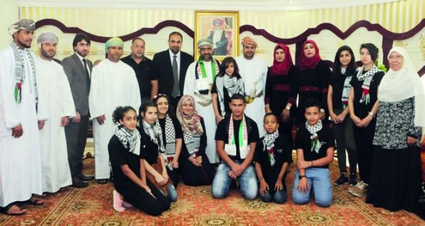 وكيل التنمية الاجتماعية يلتقي وفد أطفال الأسرى والشهداء الفلسطينيين