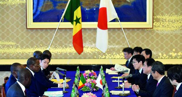 إمبراطور اليابان يلقي كلمة الاثنين .. وأحاديث حول تنازل عن العرش