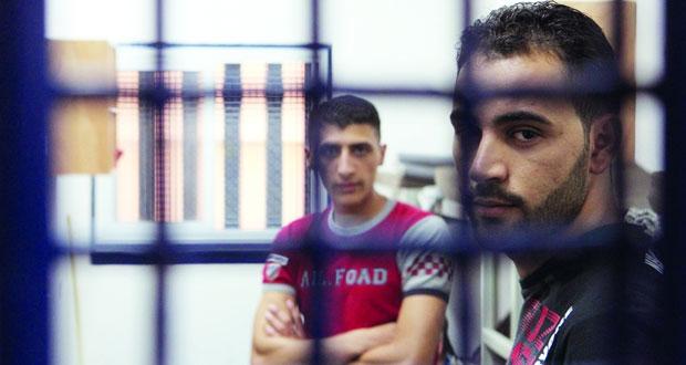 أكثر من 80 أسيراً مضربون عن الطعام في سجون الاحتلال