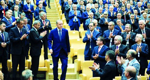 تركيا : حملة التطهير تمتد إلى قطاع الاقتصاد