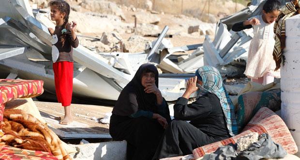 120 مستوطناً يقتحمون الأقصى وقوات الاحتلال تطلق الغاز على (جامعة القدس)