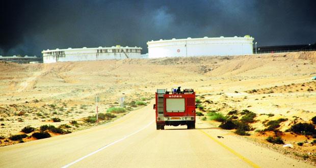 القوات الليبية تعلن قرب انتهاء معركة سرت .. وتفجير انتحاري يسقط عناصر بالجيش في بنغازي