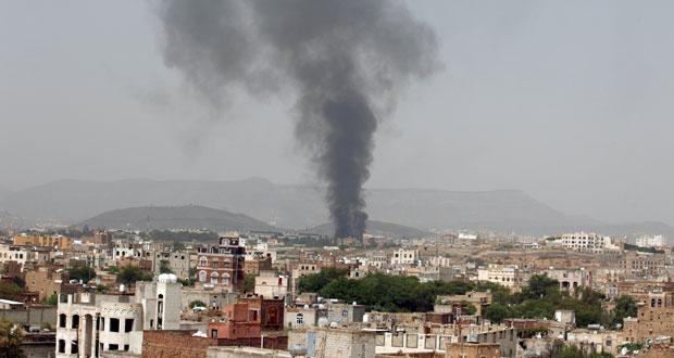 اليمن: مقاتلات التحالف تكثف غاراتها ضد أنصارالله وإغلاق مطار صنعاء