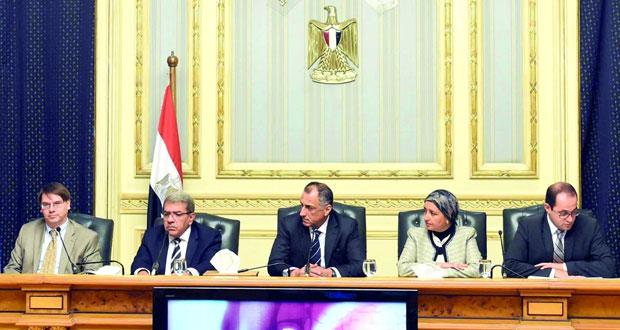 مصر تتفق مع صندوق النقد على قرض بـ(12 مليار دولار) وتوقعات بانخفاض عجز الموازنة