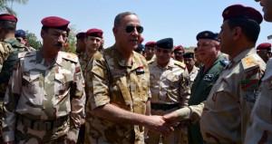 العراق: تلويح بتغيير رئيس البرلمان ومحكمة تصدر أمرا باستقدام وزير الدفاع
