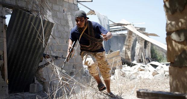 الحكومة الليبية تعتزم استئناف الضربات الجوية ضد «داعش»