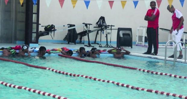 منتخبنا الوطني للسباحة يكثف استعداداته للمشاركة في بطولة خليجي 26 للسباحة القصيرة