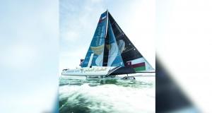 قارب الطيران العماني يصل إلى بطرسبرج وفي جاهزية تامة لتحديات الجولة الخامسة