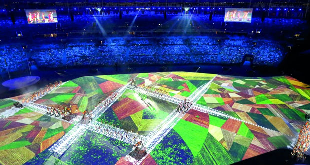 حفل افتتاح ألعاب ريو يدعو لإنقاذ الغابات ويذكر بالعشوائيات