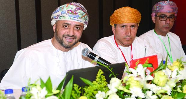 مع بدء العد التنازلي لانتخاب إدارة جديدة لاتحاد الكرة..ارتفاع المديونية إلى أكثر من مليون ريال عمانى عقبة كبيرة تنتظر المجلس القادم