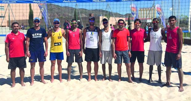 منتخبات الكرة الطائرة الشاطئية تتوجه إلى المغرب للمشاركة في البطولة العربية