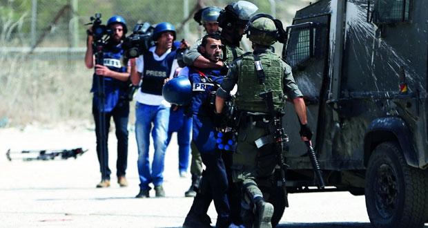 إسرائيل تقر قانونا يسجن الأطفال وتتجه لبناء (عنصري) جديد حول غزة