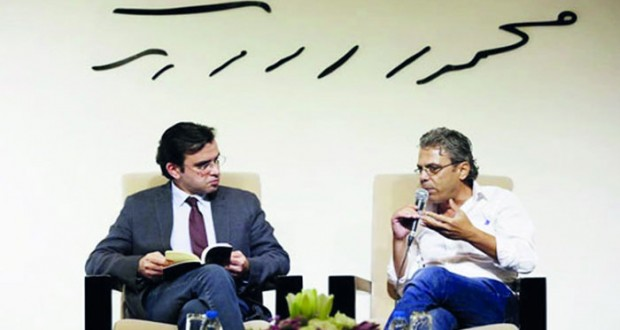 """تدشين كتاب """"في الحرب بعيدا عن الحرب"""" لخالد جمعة بمتحف محمود درويش"""
