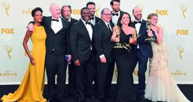 جوائز إيمي التلفزيونية تلقن الأوسكار درسا في التنوع العرقي