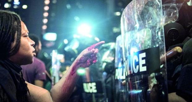 أميركا: إعلان حالة الطوارئ بنورث كارولاينا واستمرار الاحتجاجات على عنف الشرطة