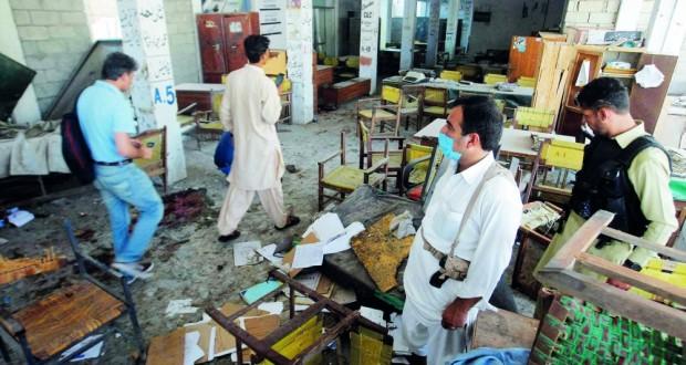 باكستان: 13 قتيلا في هجوم على محكمة واحباط آخر استهدف حيا مسيحيا
