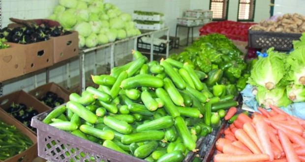 ارتفاع ملحوظ في أسعار الخضراوات بسوق نـزوى