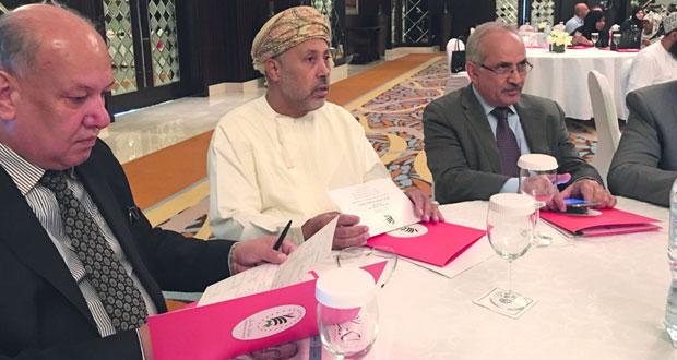 «العمانية للكتاب والأدباء» تشارك فـي اجتماع الأمانة العامة للاتحاد العام للأدباء والكتاب العرب بدبي