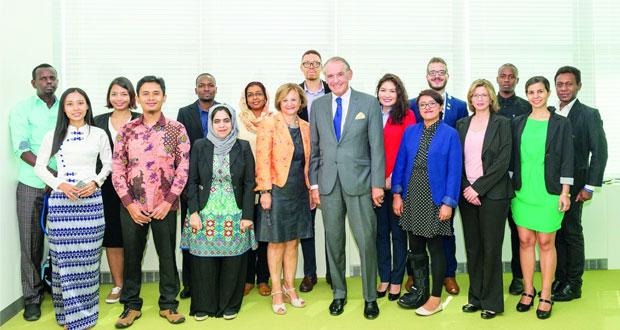 """السلطنة تشارك في برنامج """"ريهام الفرا"""" للصحفيين الشباب"""