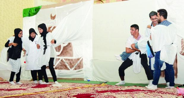 """الفرقة الأهلية للفنون المسرحية تعرض """"حكمة مجانين"""" بقريات"""