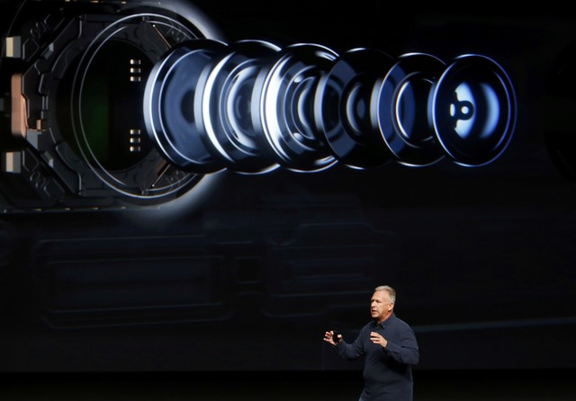 Phil Schiller discusses the camera on the iPhone7 during a media event in San Francisco