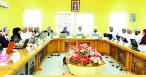 مناقشة وضع السلطنة فـي المنظومة الدولية لمؤشرات المرأة