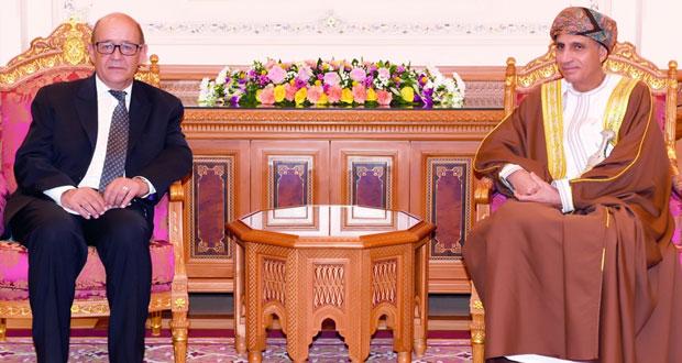فهد بن محمود يستقبل وزير الدفاع الفرنسي