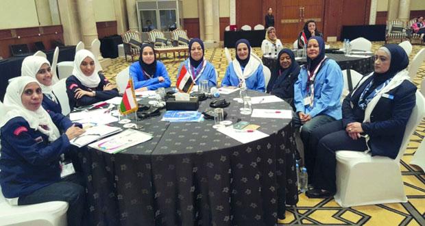 """مرشدات السلطنة تواصل مشاركتها في المؤتمر العربي الـ """"21″ للمرشدات بدولة قطر"""
