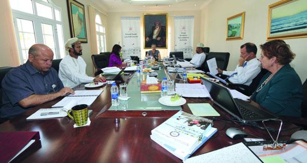 الهيئة العمانية للاعتماد الأكاديمي تزور الكلية الحديثة للتجارة والعلوم