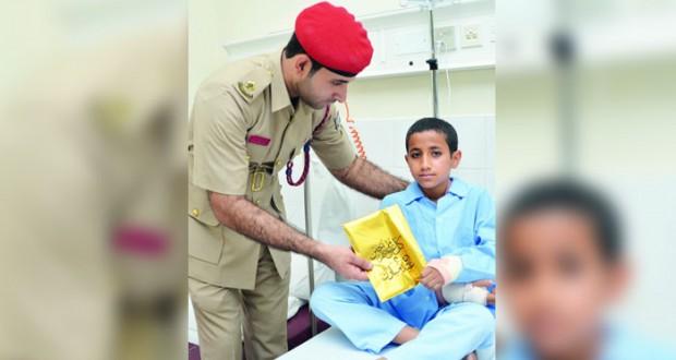 التوجيه المعنوي ينظم زيارات للمرضى في المستشفيات العسكرية