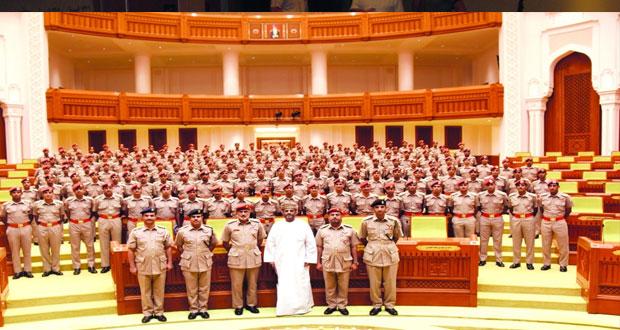 محاضرة توعوية لمنتسبي الدورة «51» من كلية السلطان قابوس العسكرية