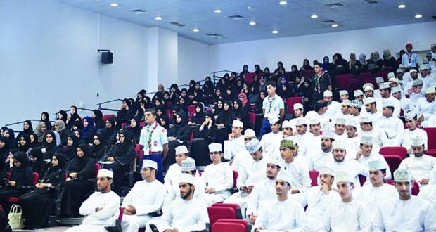 تقنيتا مسقط والمصنعة تستقبلان الطلبة المقبولين للعام الأكاديمي 2016/2017