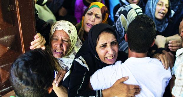 شهيد بغزة والاحتلال يواصل البلطجة فـي الضفة ويحاصر نابلس