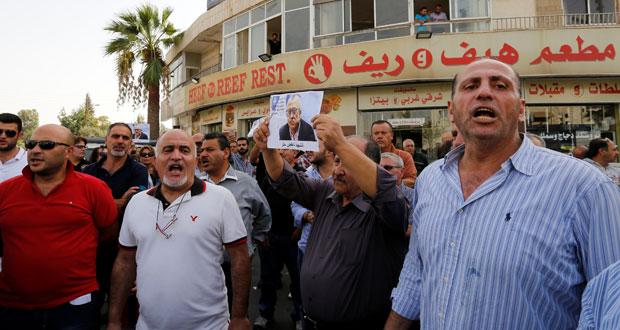 الأردن : اغتيال الكاتب الصحافي ناهض حتر .. الحكومة تستنكر وعائلته ترفض استلام جثمانه قبل محاكمة القاتل