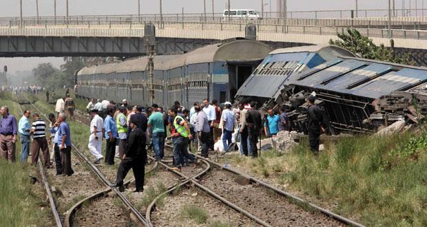 مصر : 23 بين قتيل وجريح في انقلاب جزئي لقطار بالعياط