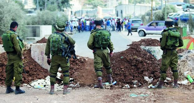 الاحتلال يطوق نابلس ويواصل جرائمه بالضفة ويستهدف الصيادين بغزة