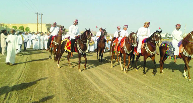 مهرجان لركضة استعراضات مهارة الخيل والفنون الشعبية بالصافن بعبري