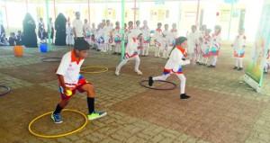 الشؤون الرياضية بجنوب الشرقية تنظم فعالية القافلة الرياضية برأس الحد بولاية صور