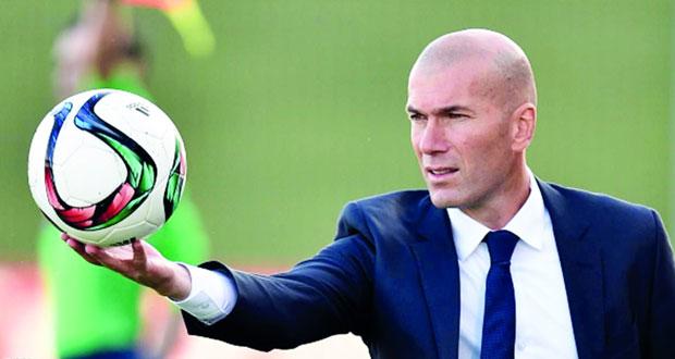 زيدان: حرمان ريال مدريد من التعاقدات قرار عبثي